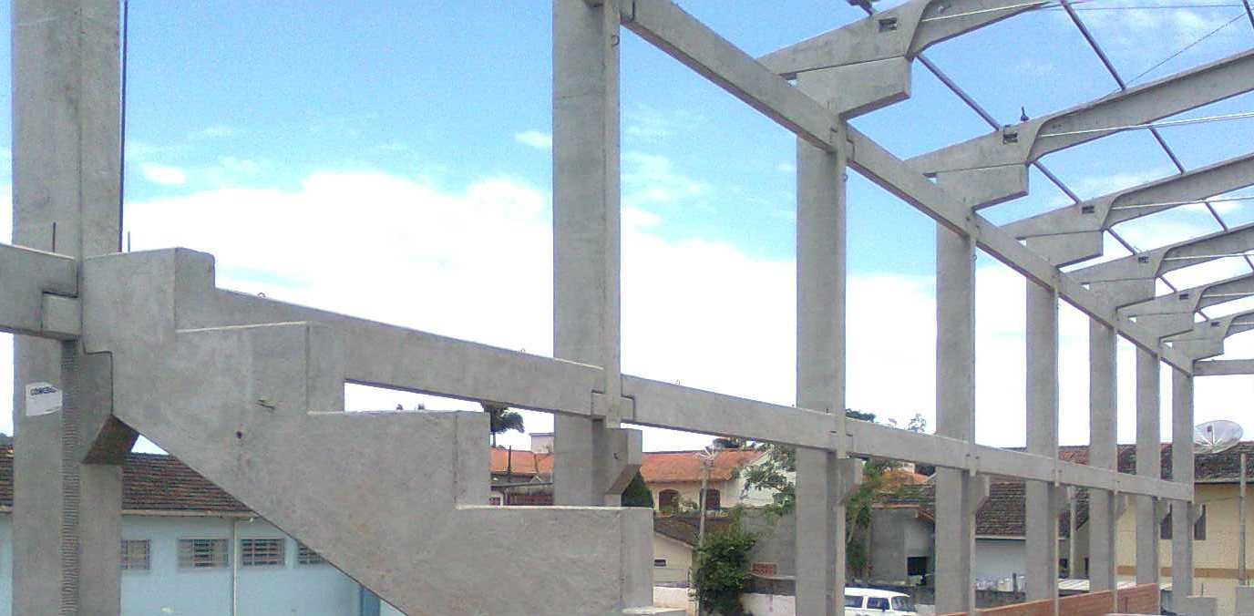 Construção de galpão pré-moldado em Itapecerica da Serra